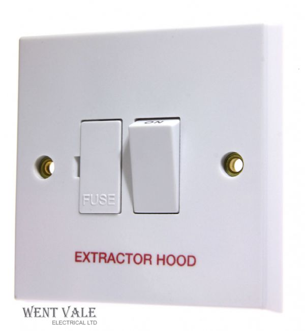 "Volex - VX1080HD - 13a White Moulded Switched Fused Spur Marked ""Extractor Hood"""